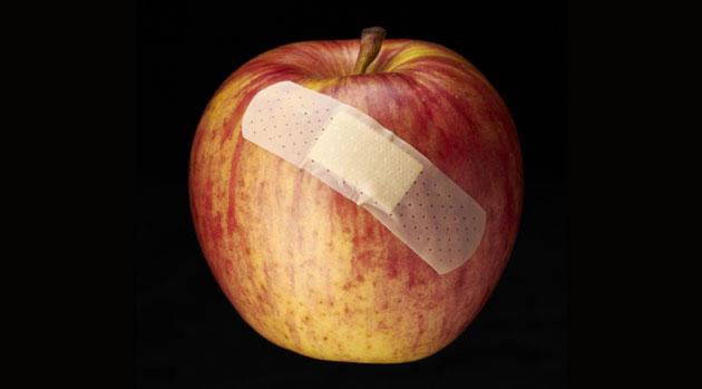 ¿Qué acciones pueden anular la garantía de nuestros productos Apple?